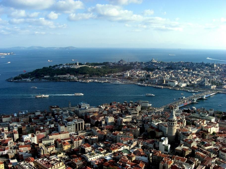 Istanbul (Image by Selda Yildiz and Erol Gulsen/CC BY-SA 3.0 de)